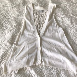 American Eagle Outfitters Cream Lace Vest- Size S
